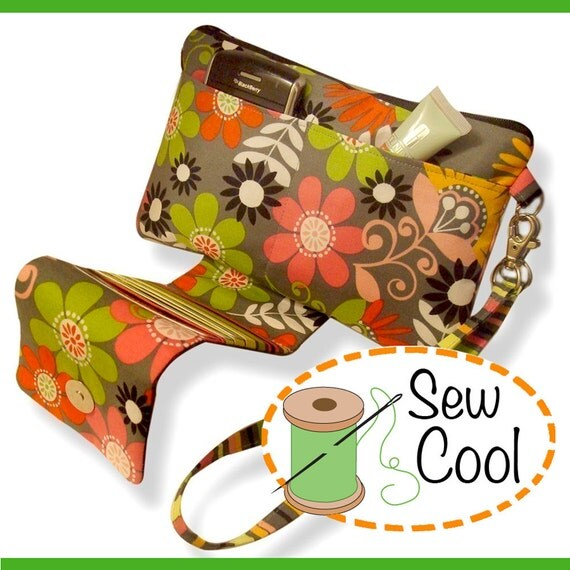 THE CONVERTIBLE Clutch/Wristlet (PDF Sewing Pattern)
