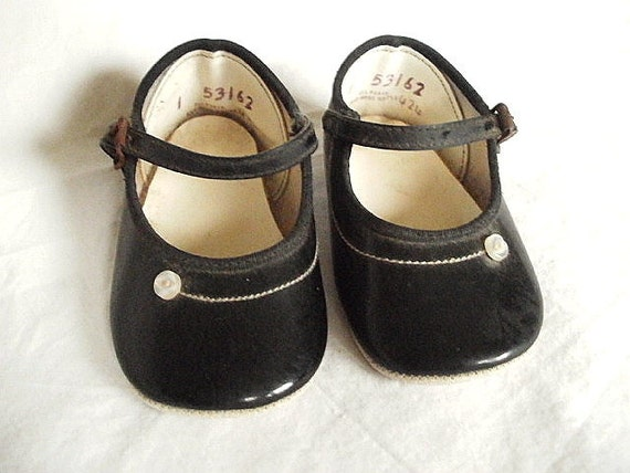 oxford baby kids black patent leather shoes Promotion: yellow sneaker shoe retro shoe dress retro baby shoe toddler toddler dress shoe kids black patent leather shoes reviews: children leather shoe shoe children baby boy shoe gogh cloth girl shoe baby leather. Related Categories Mother & Kids. Leather Shoes; Shoes.