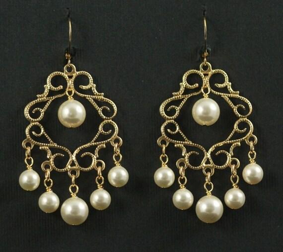 Pearl Chandelier Earrings -- Vintage Bridal Earrings, Gold Filigree, Wedding, Ivory, Cream, Swarovski Pearl Chandeliers -- CATHERINE