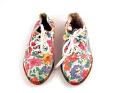 Vintage 1980s Cherokee Floral Canvas Sneakers Women's size 10