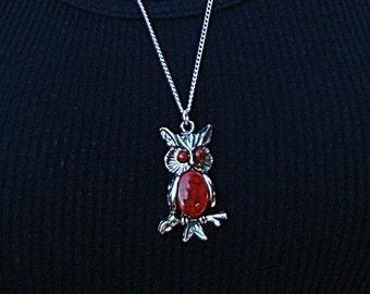 Owl Necklace Vintage 1970sRed  Silver tone