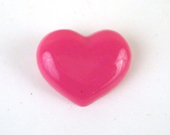 Vintage 1980s Plastic Pink Heart pin