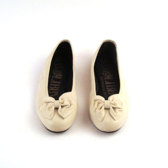 Vintage 1980s Sam And Libby Bow flats Tiny size 4