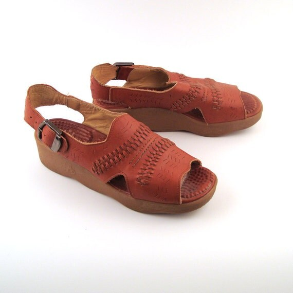 Famolare Sandals Platform Vintage 1970s Famolare  Wedges Sandals Get there Leather Women's 9