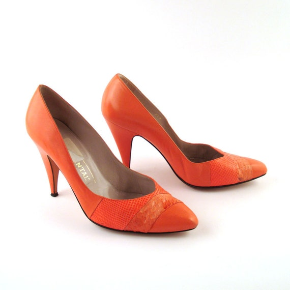 Chantal Heels Shoes Vintage 1980s Coral Snakeskin and Leather Heels size 8 1/2 M