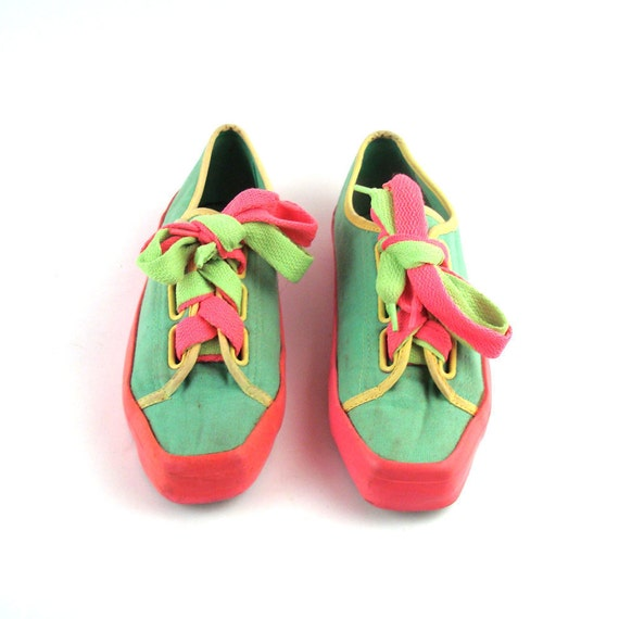 Neon Canvas Sneakers Vintage 1980s Pure Juice Neon Canvas Sneakers Women's size 7 1/2
