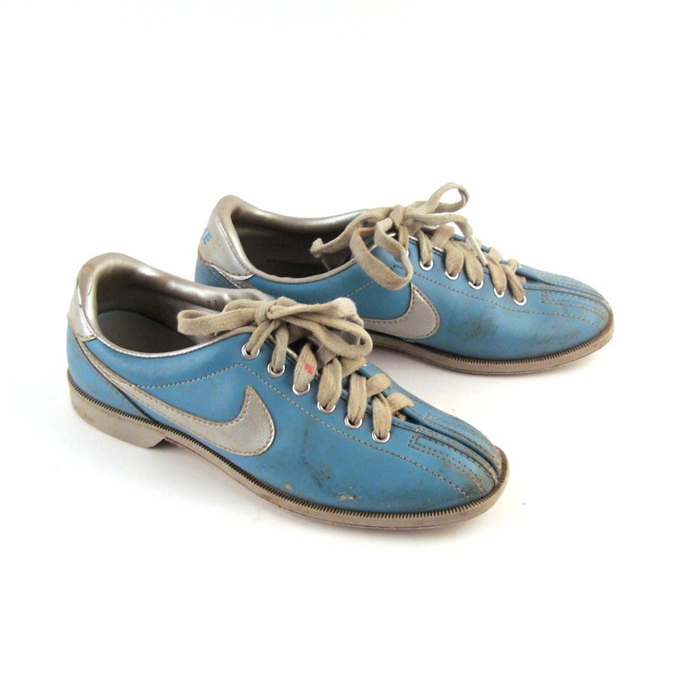 Vintage 1980s Nike Blue Bowling Shoes Women S 7 1 2