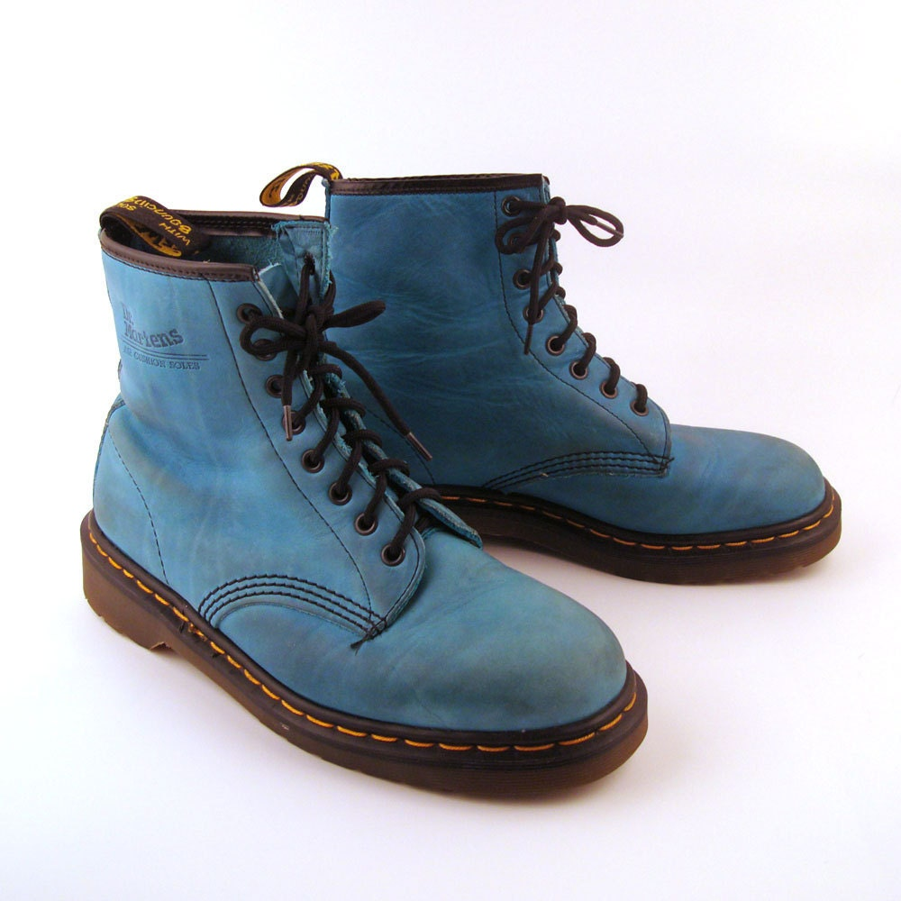 doc martens boots vintage 1990 teal blue dr martens boots uk. Black Bedroom Furniture Sets. Home Design Ideas