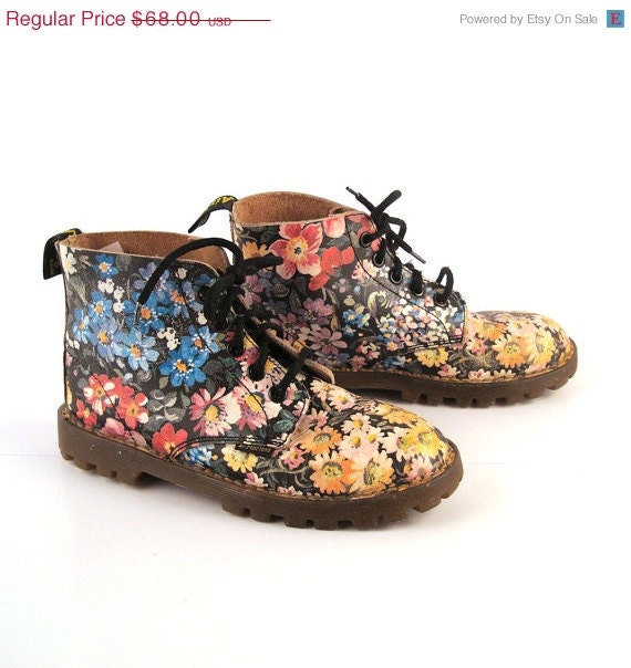 Doc martens boots 1990 floral leather kids by purevintageclothing
