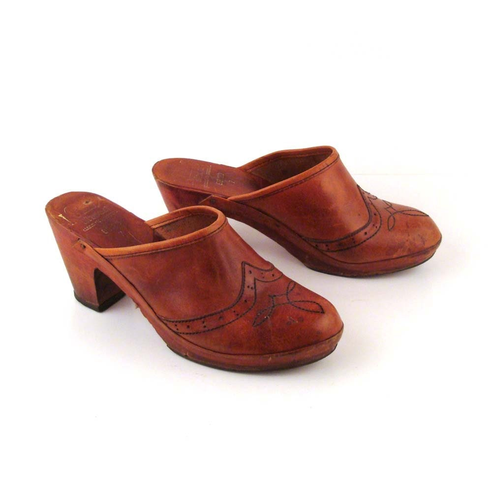 1970s Leather Clogs Vintage 1970s Kinney Shoes Whiskey Clogs