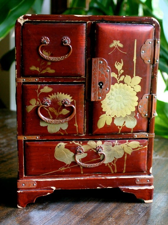 Vintage Wooden Japanese Jewelry Box with Gold Detail