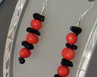 Earrings coral red nuggets and black sticks pierced