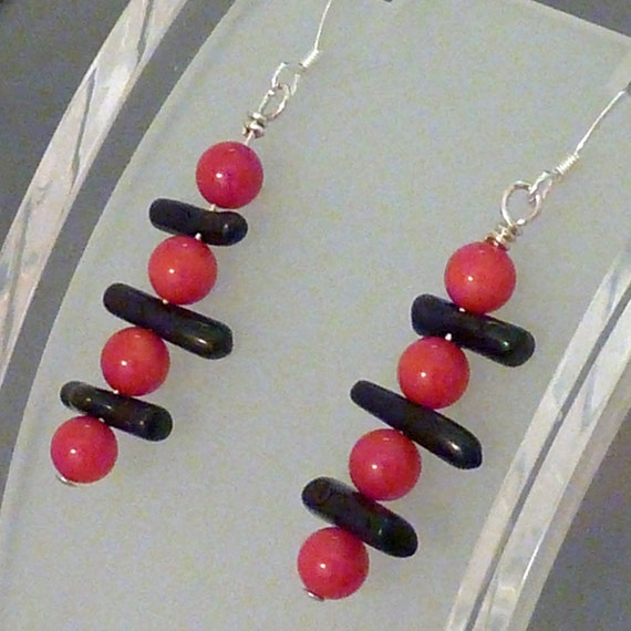 Earrings coral red rounds and black sticks pierced