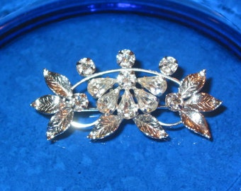 Gorgeous prong set rhinestone sterling floral fan Leo Glass Brooch