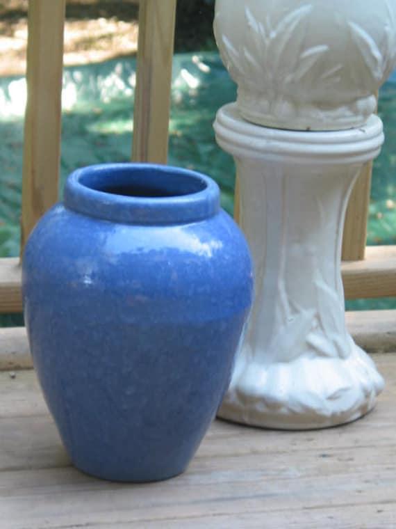 1920 Brush Mccoy Pottery Urn Floor Vase Blue Vellum Glaze Oil