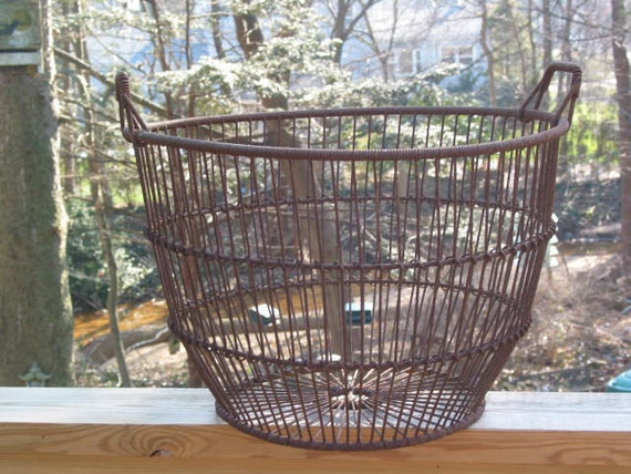 Antique NJ clamming large metal wire basket - primitive clam bucket
