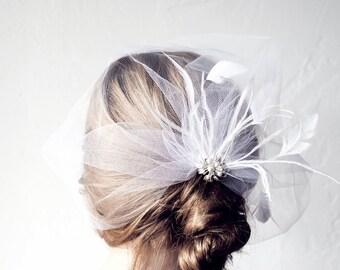 Victoria veil hair pin
