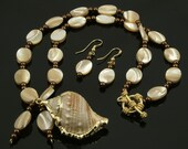 Handmade Mother-of-Pearl and Gold Shell Necklace