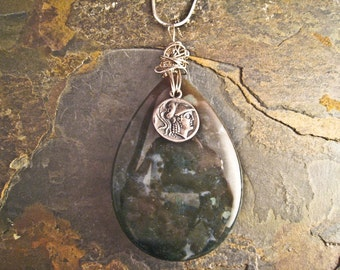 Handcrafted Agate and Sterling Silver Pendant (P034)
