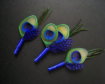 3 blue wedding boutonnieres blue boutineers - 1 groom, 2 groomsmen - polka dot feathers dark blue royal blue cobalt blue feathers