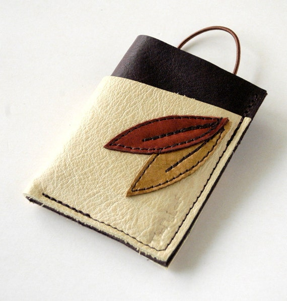 S A L E ---- Leather Wallet - 3 Pocket with Stay In Place Attachment - Rustic - Double Leaves