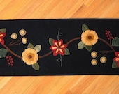 Floral Table Runner Wool Applique PATTERN