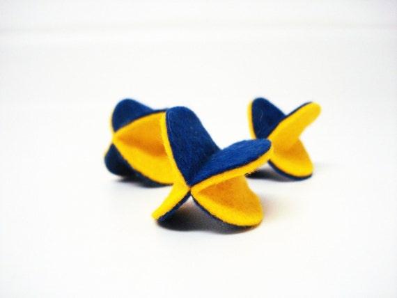 Felt Orb Catnip Nippy Toys Three-Pack in Yellow on Blue