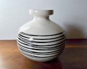 Vintage Haeger Black and White Ceramic Vase