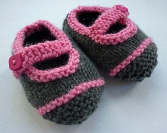 Knitting Pattern Baby Shoes with Single Strap AVERY