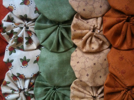 28 fabric yoyo Pieces  Pumpkin Patch colors, 2 inch, yo yo suffolk Embellishment APPLIQUE GARLAND