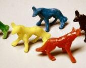 1950s Cracker Jack Plastic Wolf F6340 series