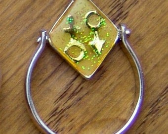 1960s-70s Glitter Hippie EQUALITY FLIP Ring Size eight and a half YELLOW