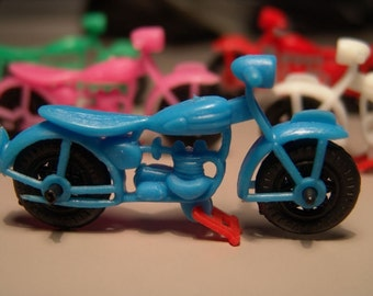 Vintage 1950s Three Inch FAMOUS CLASSIC MOTORCYCLE Action Toy
