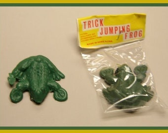 1960's Trick Rubber Jumping Frog MIP
