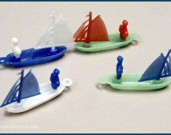 1960's 4 Cracker Jack Plastic Sailboats MINT