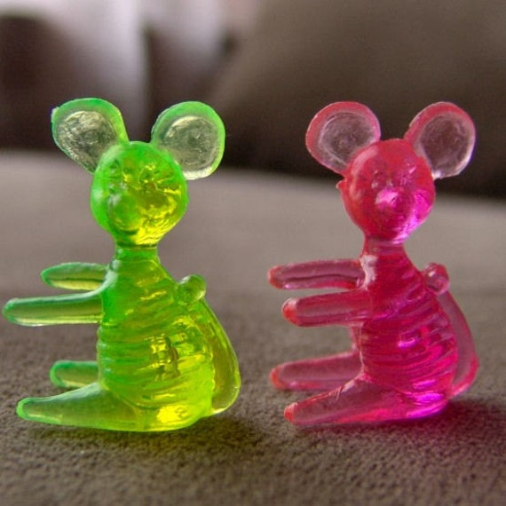 Vintage 1960s-70s Crystal Pet Carnival Figurine MOUSE