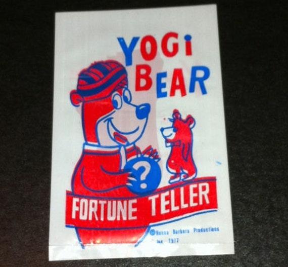 1977 Yogi Bear Fortune Teller Novelty Carnival Toy