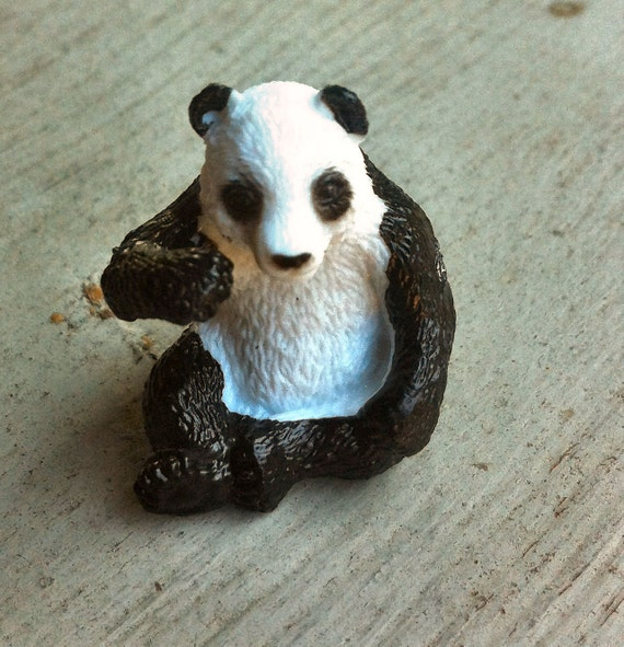 1974 Toy Machine PANDA BEAR Toy Figurine