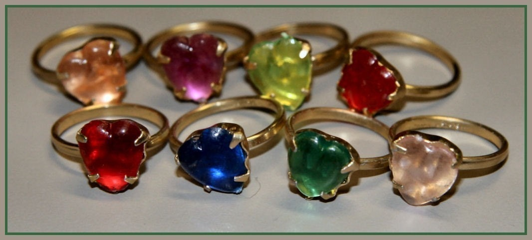 1950 S Heart Shape Cracker Jack Toy Ring