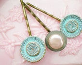 Bobby Pins Flower Aqua Pink  Pearl Button  (3)