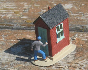"""O Scale Red Shanty 5 - with scale figure - 1/4"""" scale - 1:48 scale - original resin castings kid"""