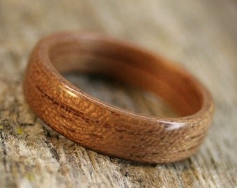 Bubinga Bentwood Ring - Handcrafted Wooden Ring