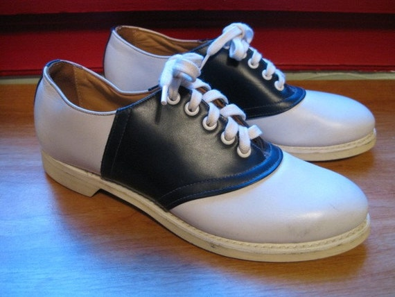 1940s 1950s classic navy blue and white saddle shoes