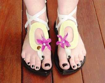 Leather Sandal - My Pick - Attachment soft pale green suede oval with hot pink flower