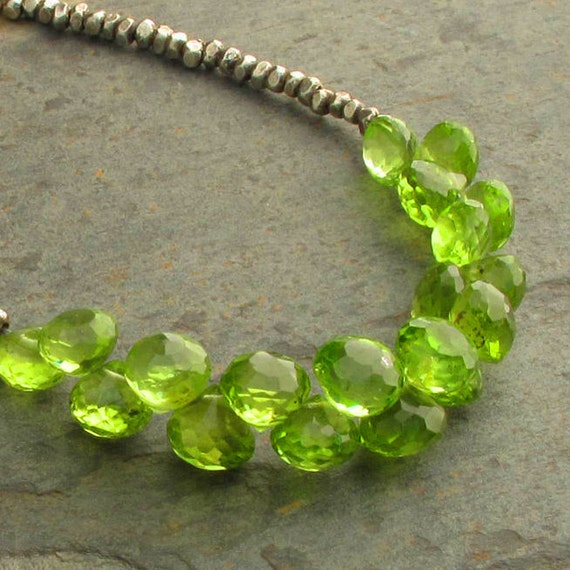 Peridot Thai Hill Tribe Silver Necklace - Green Onions