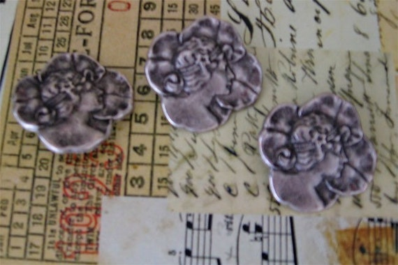 French inspired 20's lady Pewter Cabochon Set