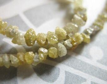 Shop Sale..10-20 pcs, 2-3 mm, ROUGH DIAMOND Yellow Rough Diamond Raw Nuggets, Luxe AAA, canary yellow n white, april bridal..ddcy solo