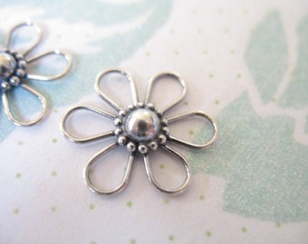 Shop Sale.. 2 pcs, 925 Sterling Silver Connectors Stations Links, DAISY FLOWER, 20x20 mm, Bali Artisan.. nature floral nc66 neckconnst