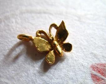 Shop Sale.. BUTTERFLY Pendant Charms, 24k Gold Vermeil, 2 pcs, 13x11 mm, bali artisan organic nature insect ..wholesale sale