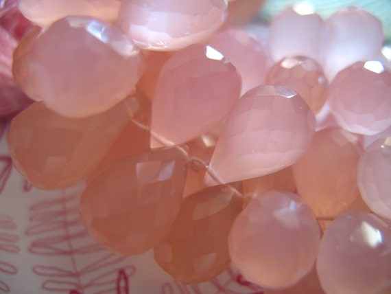 3 pcs, CHALCEDONY Teardrop Briolettes, Luxe AAA, 9-11 mm, Light Pink, brides bridal wholesale beads